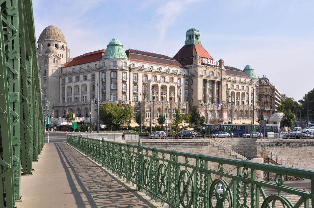 Достопримечательности Будапешта:ВанныGellert
