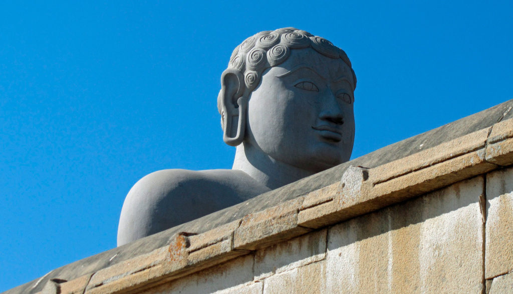 Монолитная статуя Гоматешвары в Карнатаке