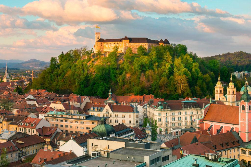 Минимальная зарплата в Любляне, Словения