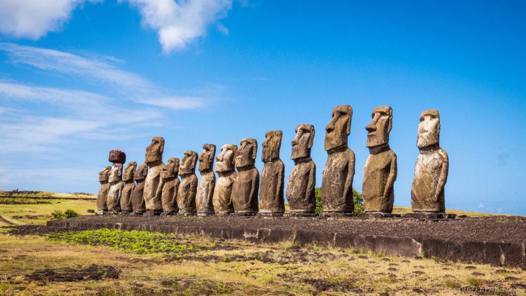 Моайна острове Пасхи
