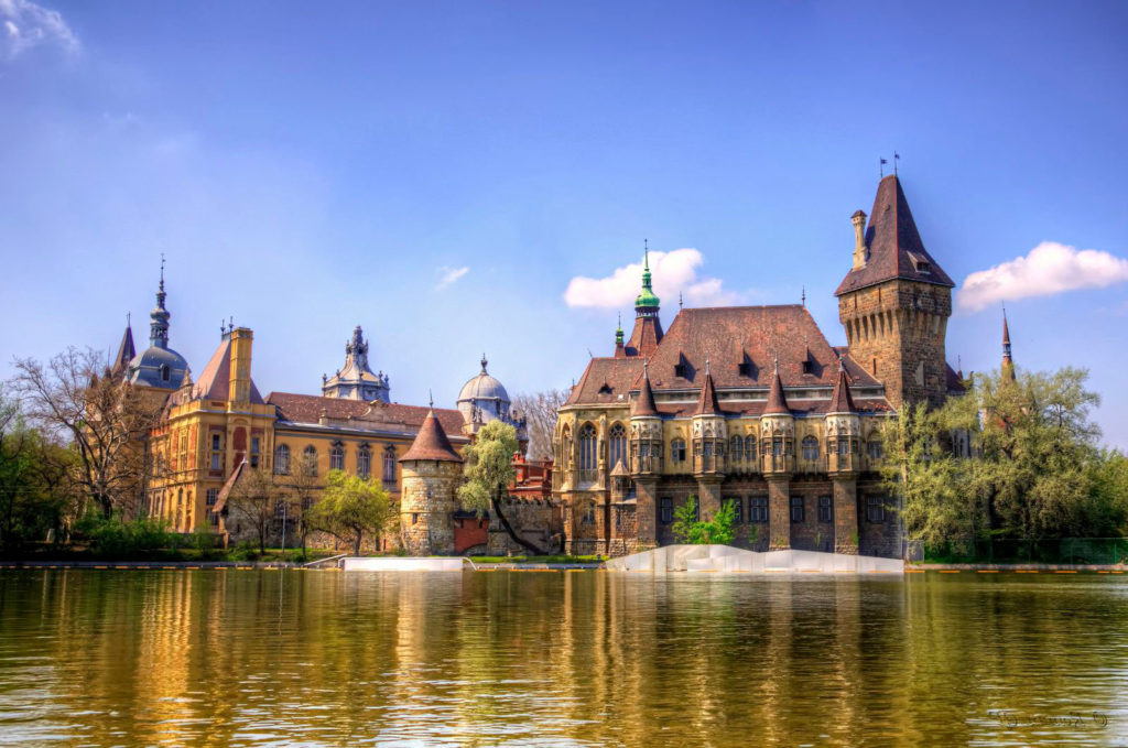 Достопримечательности Будапешта:ЗамокВайдахуньяд