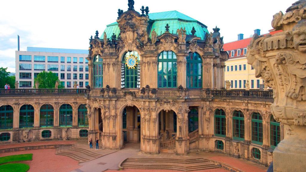 Дрезденский дворец Цвингер