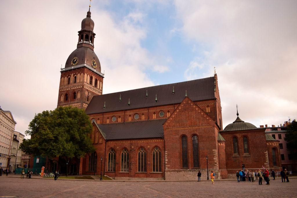 Минимальнаязарплата в Латвии