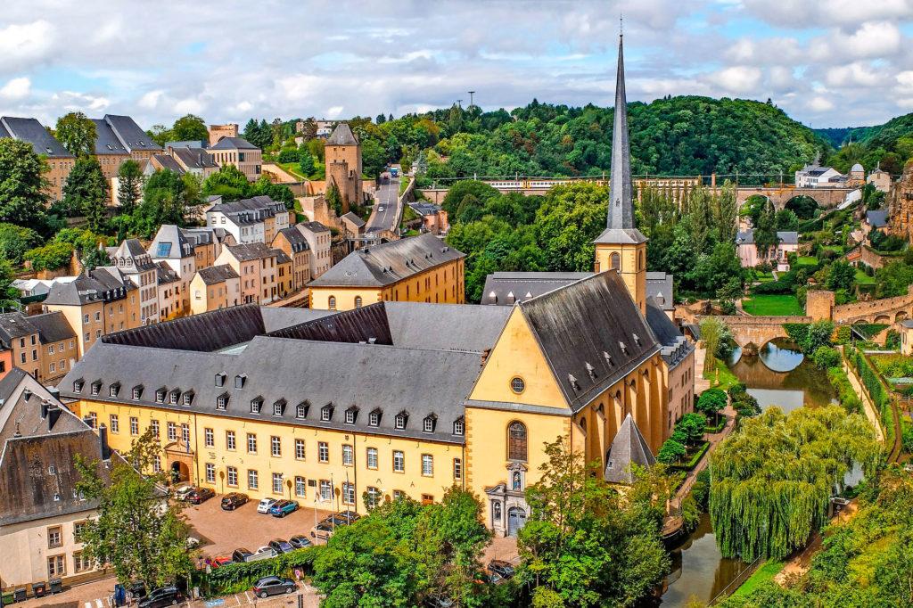 Минимальнаязарплата в Люксембурге