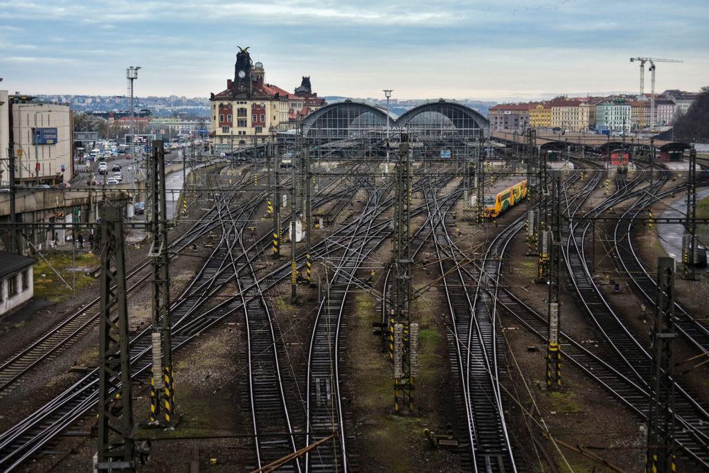 Как купить билеты на поезд из Праги в Карловы Вары