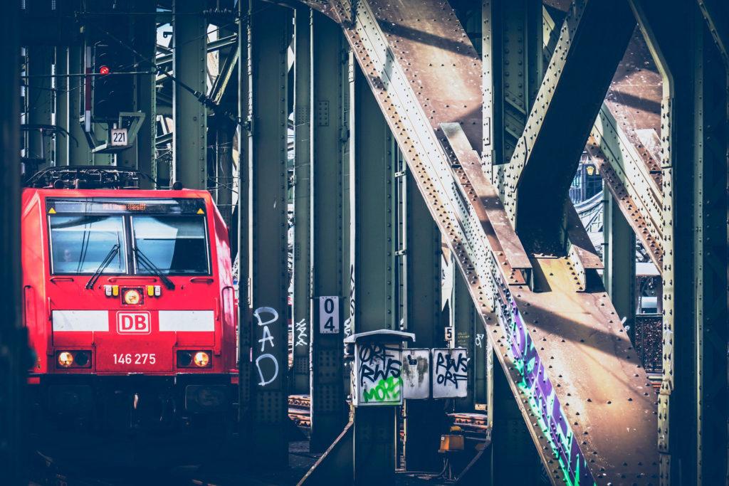 Как добраться из Братиславы в Прагу на поезде