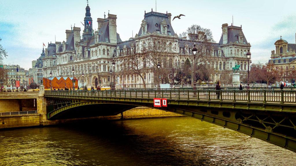 Кому выгодно покупать Paris Pass