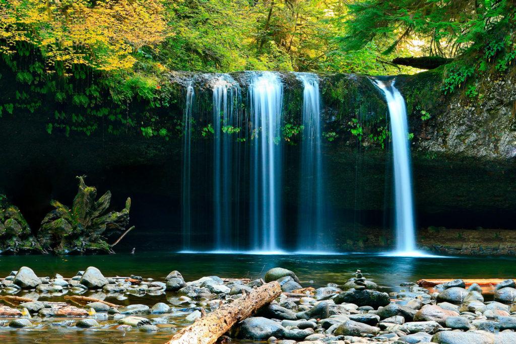 Захватывающие водопады Украины