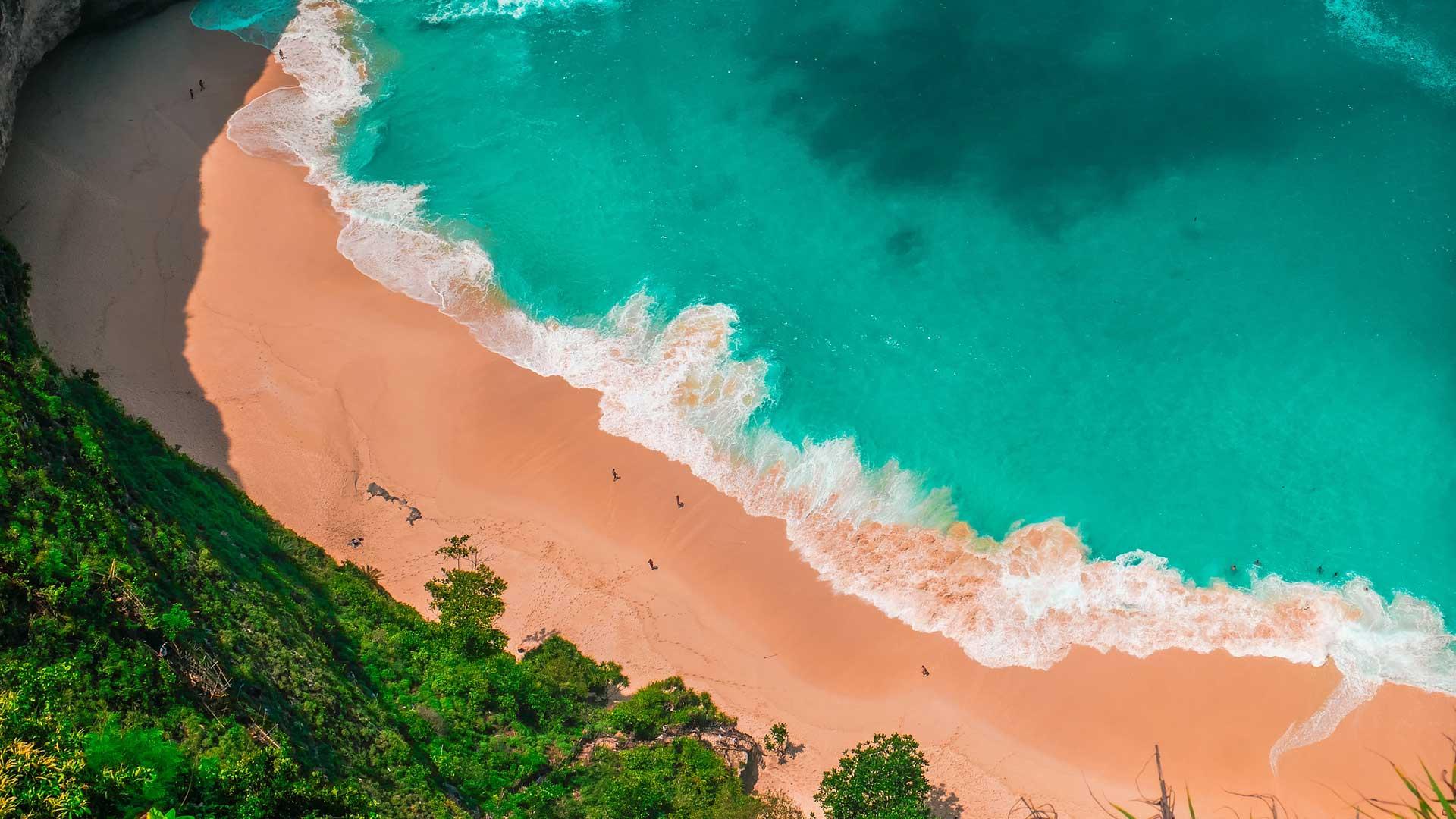Бали, Индонезия (Яванское море, чуть южнее экватора)