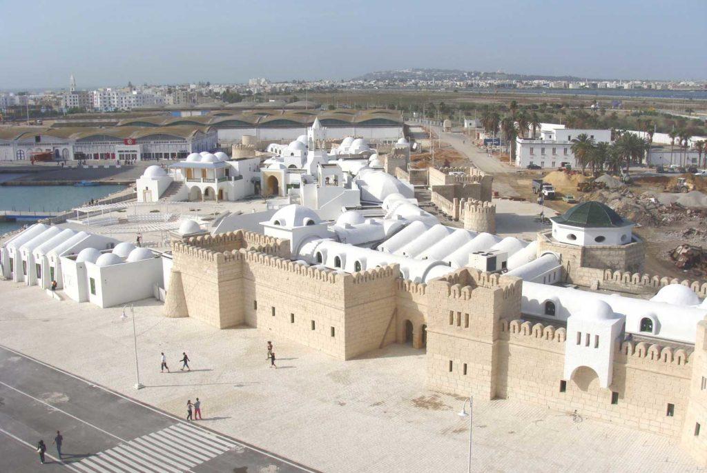 Дворец в Тунисе