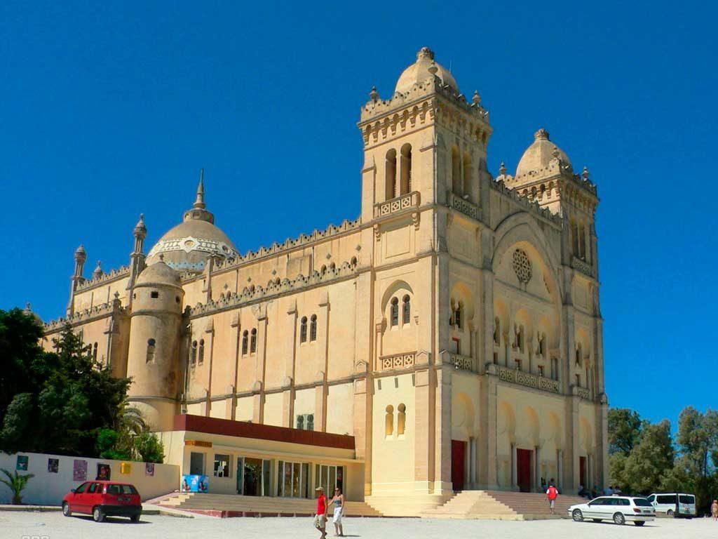 Мечеть в Тунисе