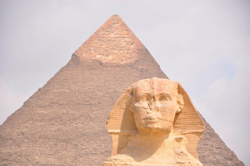 Великая пирамида Гизы в Египте