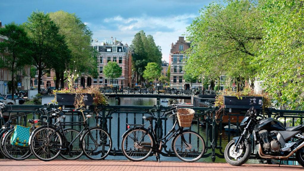 Ежедневная стоимость экономного путешествия в Амстердаме