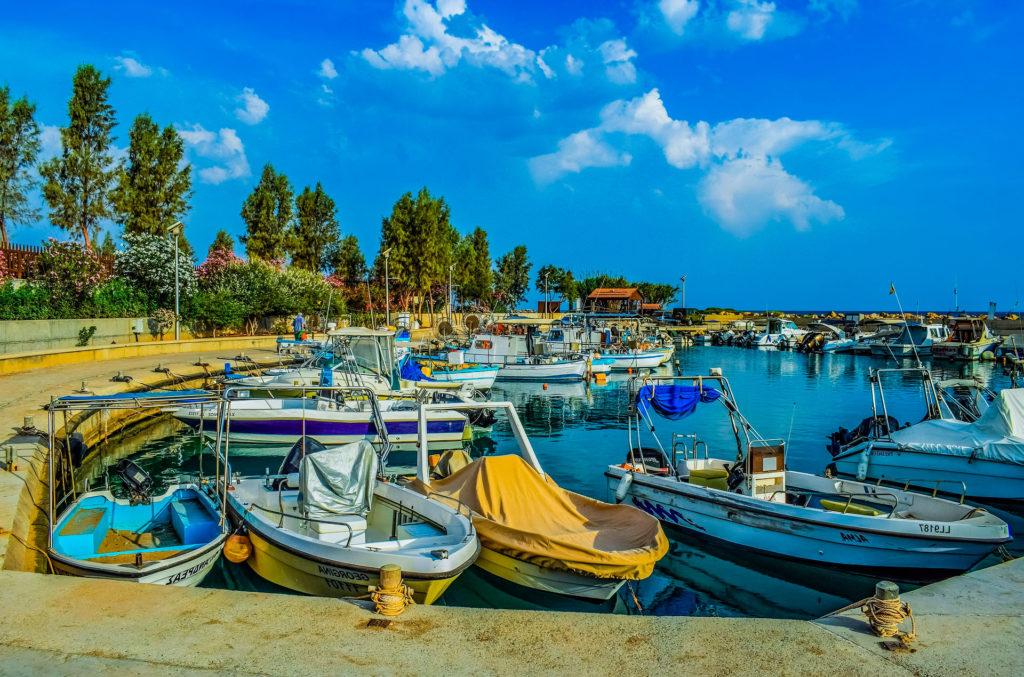 Минимальная зарплата на Кипре