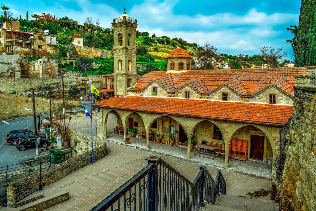 Средняязарплата на Кипре