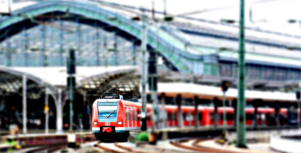 Кёльн поезд вокзал